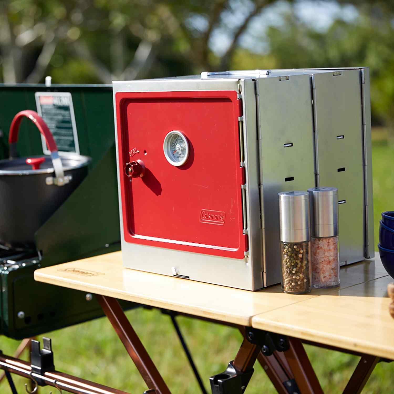 Camping oven smoker